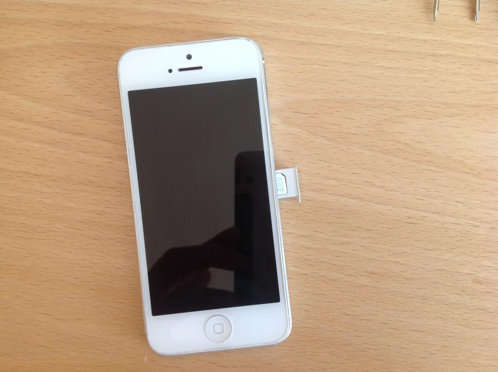 vymena baterie iphone 5